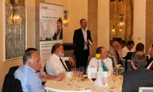Cyberforum-Gaeste-auf-dem-7-Business-Lunch