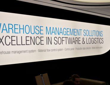 Software in der Intralogistik muss ständig dem Kundenprojekt angepasst werden.
