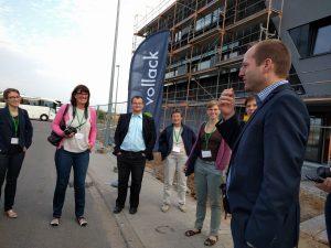 Vollack Geschäftsführer Thorsten von Killisch-Horn begrüßt die Besucher