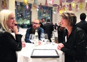 Svenja Felder stellte im Frühjahr die familienbewusste Personalführung bei TUP auf den Prüfstand. Bei der FamilyNet-Prädikats-Verleihung ist sie die erste Gratulantin.