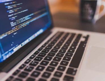 Bei TUP konzentriert man sich auf die Entwicklung von individueller Software.