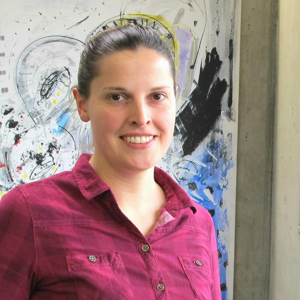 Paola Juppe ist seit fast 10 Jahren bei Dr. Thomas + Partner angestellt - die Ausbildung war dabei der Schlüssel zum Erfolg in der Informatik.