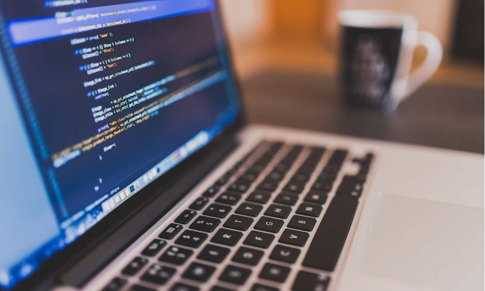 Softwareoptimierung bei TUP wird aus einer Hand angeboten - inklusive Logistik-Experten.