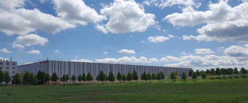 Der Fashion- und Lifestyle-Anbieter Lesara baut ein neues Distributionszentrum in Erfurt - mit der Lagerverwaltung von Dr. Thomas + Partner.