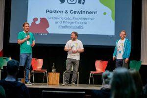 Hiermit ist die hallo.digital eröffnet - den Startschuss gaben die Moderatoren der Veranstaltung.
