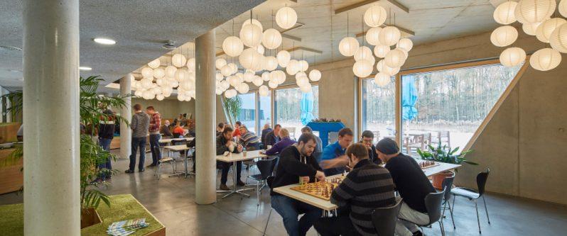 TUP Cafeteria während der Mittagspause