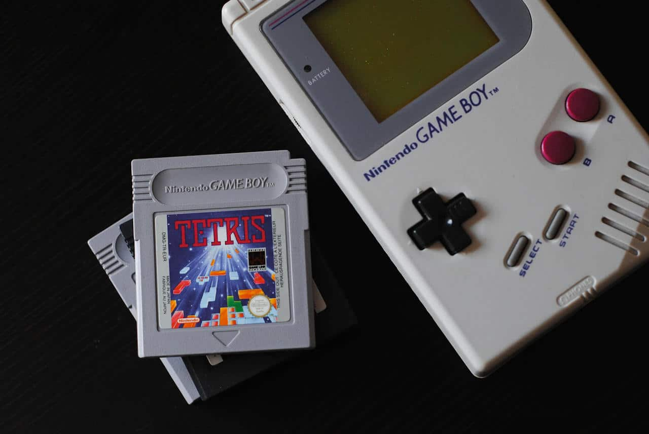 Game Boy with Tetris Cartridge https://unsplash.com/photos/lUbIun4IL38